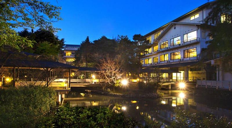 日本庭園から客室・もてなしすべてに❝やさしさ❞を感じる宿