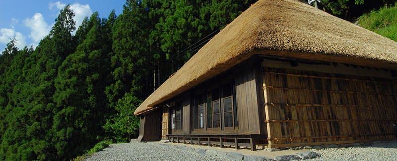 静けさの中で過ごす贅沢。日本三大秘境・祖谷で古き良き日本に触れる