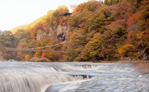 吹割の滝(ふきわれのたき)