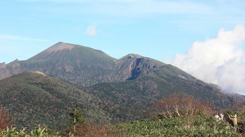 圧倒的存在感。岩手県の最高峰「岩手山」