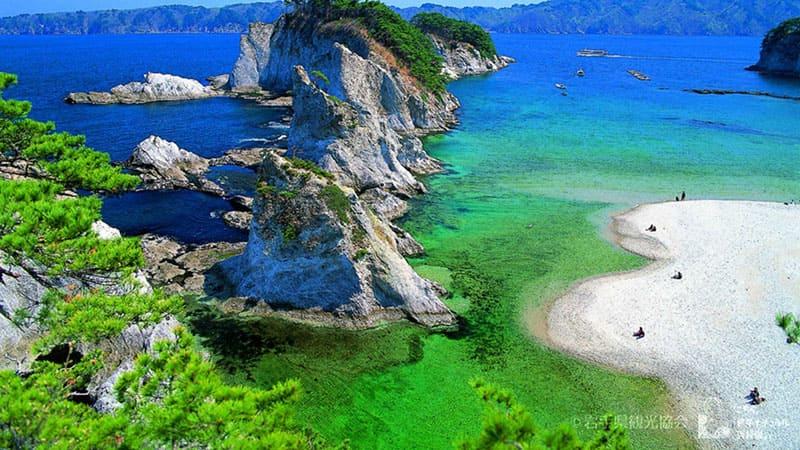 三陸を代表する景勝地「浄土ヶ浜」