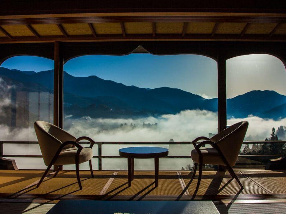 にぎやかさとは無縁。静寂を楽しむ天空の宿