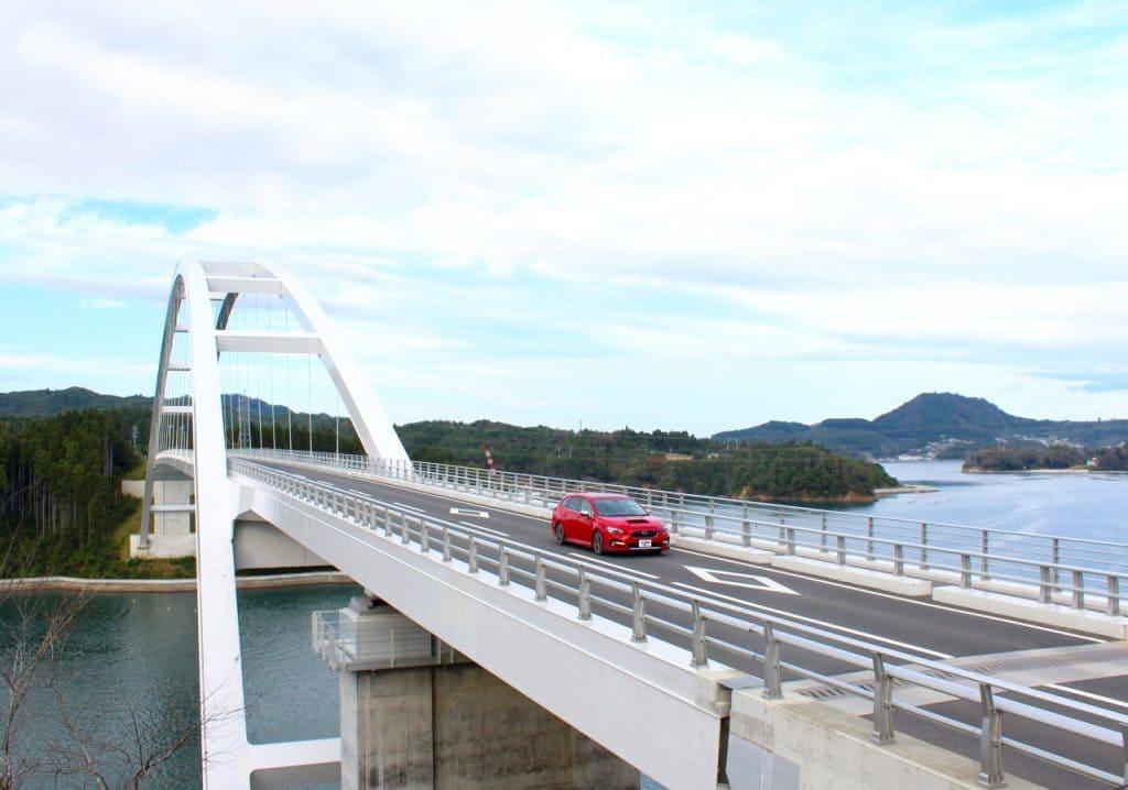 2019年4月に開通、気仙沼大島大橋で島旅気分