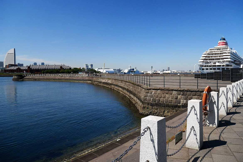 鼻の先から港の歴史が見える「象の鼻パーク」