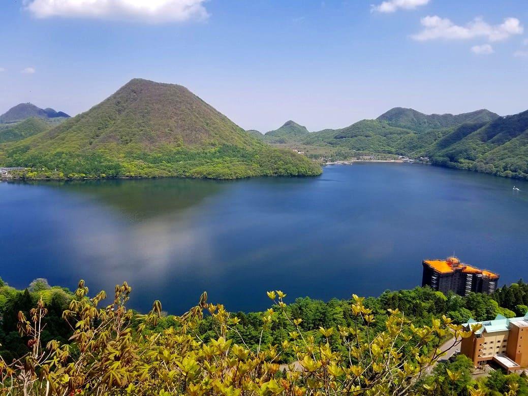 榛名富士を眺めて爽快アウトドア!「榛名湖」