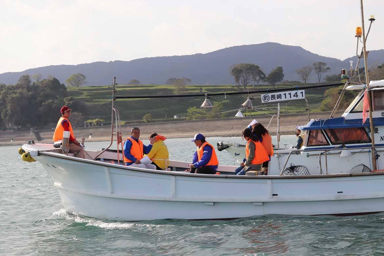 海上から島原・天草一揆の歴史に思いを馳せる「キリシタンクルーズ」
