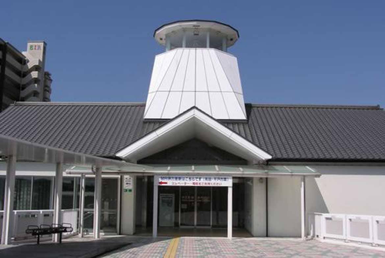 駅の待ち時間に古伊万里や鍋島を愛でる「伊万里・鍋島ギャラリー」