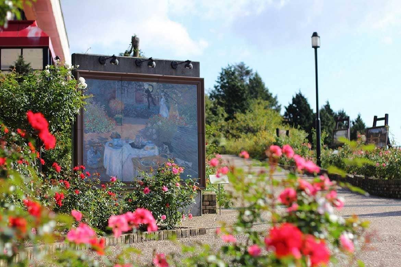 眼下に琵琶湖を一望!印象派画家の作品と花を楽しむ庭園美術館「ガーデンミュージアム比叡」