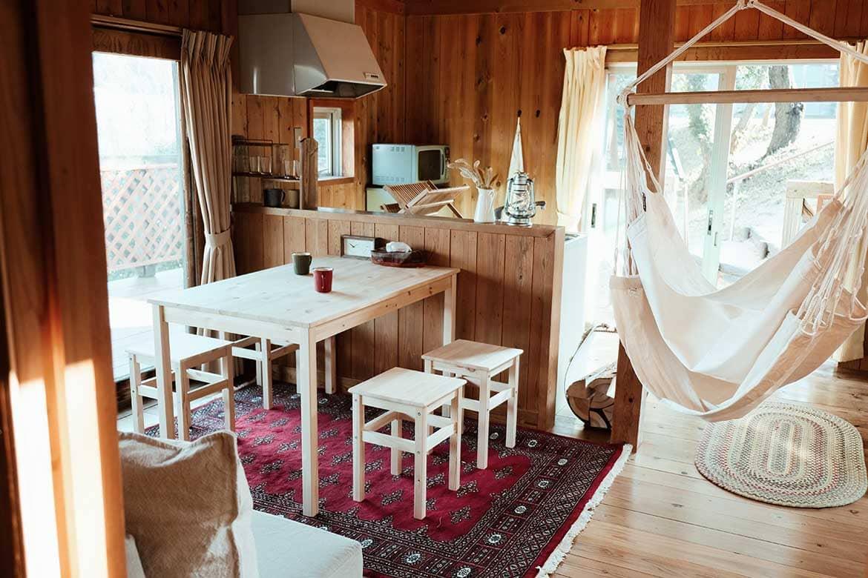 絹島温泉にも入れるオシャレなグランピング「ベッセルおおち瀬戸内グランピング」
