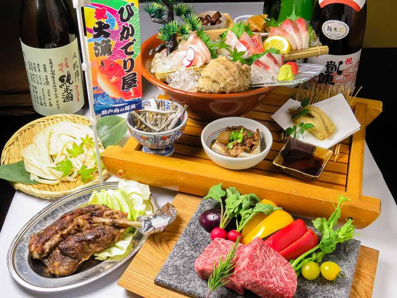 銘酒が集まる!四国の食材を使った郷土料理を食べ尽くす!「ぴかでり屋」