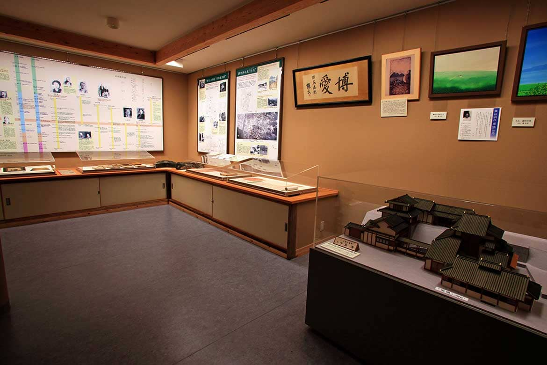 名作の原風景を体感し、前田家の歴史に触れる 「草枕交流館」