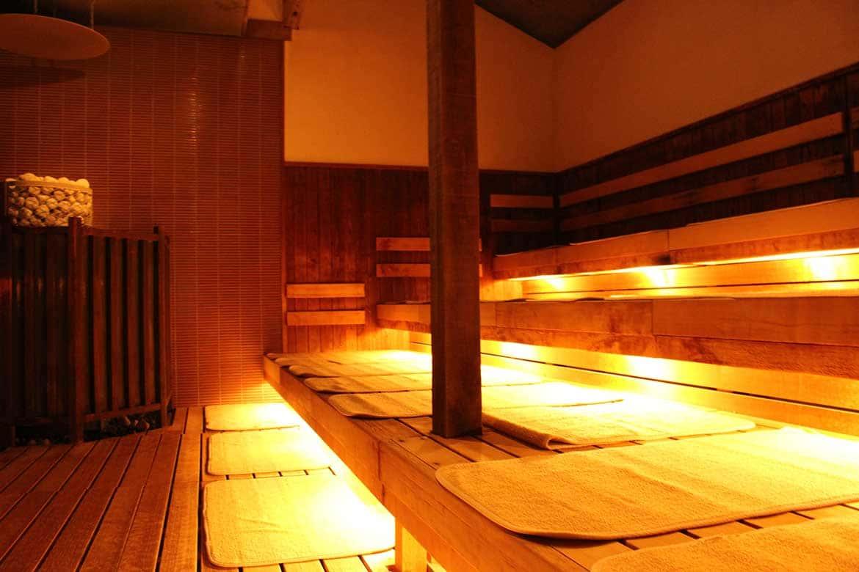 漢方塩サウナやロウリュを擁す「源氏の湯」(宇治市)