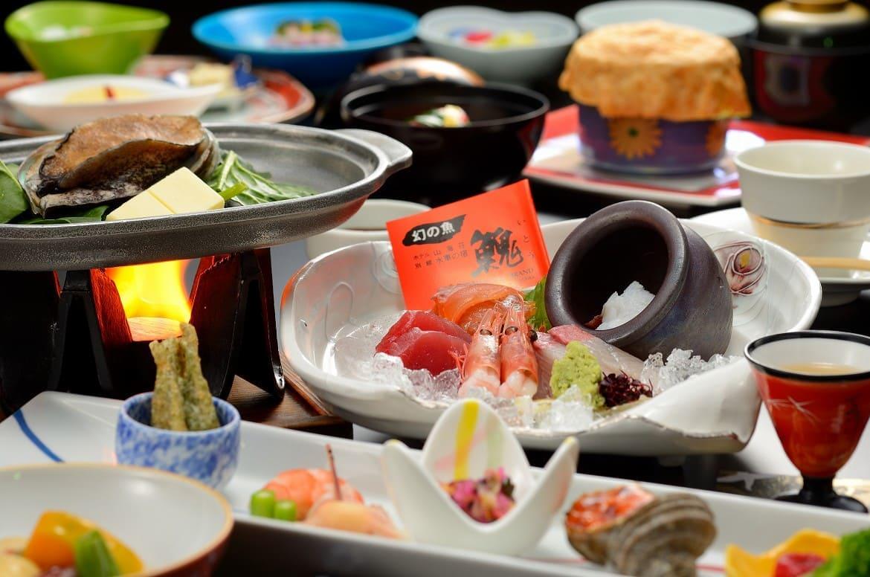 柔らかなアワビ、幻の川魚イトウ、りんごの天ぷらにも驚き
