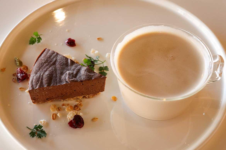 ハーブ専門カフェ「HERB+CAFE」で、ティータイム