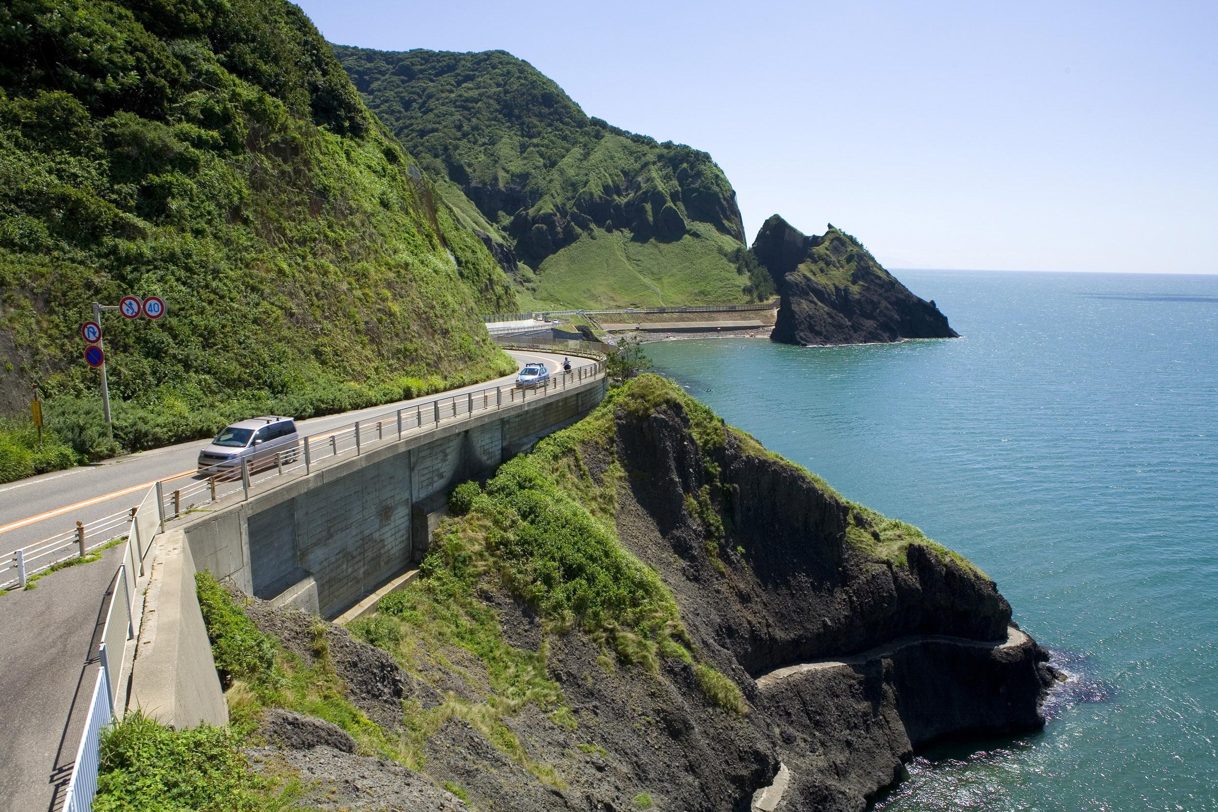 日本海の絶景を堪能できる「越後七浦シーサイドライン」