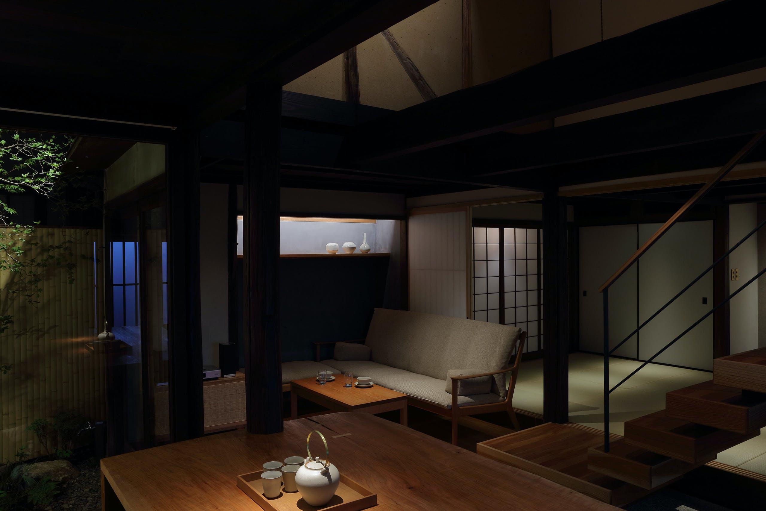 歴史と趣を感じる町家宿を拠点に、倉敷の旅を満喫