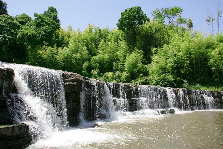 三木のナイアガラ「黒滝」【三木市】
