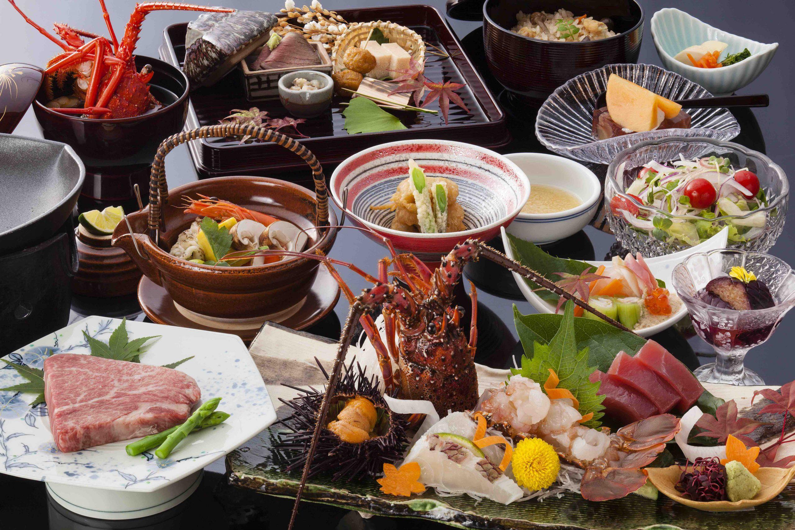 野菜や肉、魚、米など地元産にこだわった会席料理
